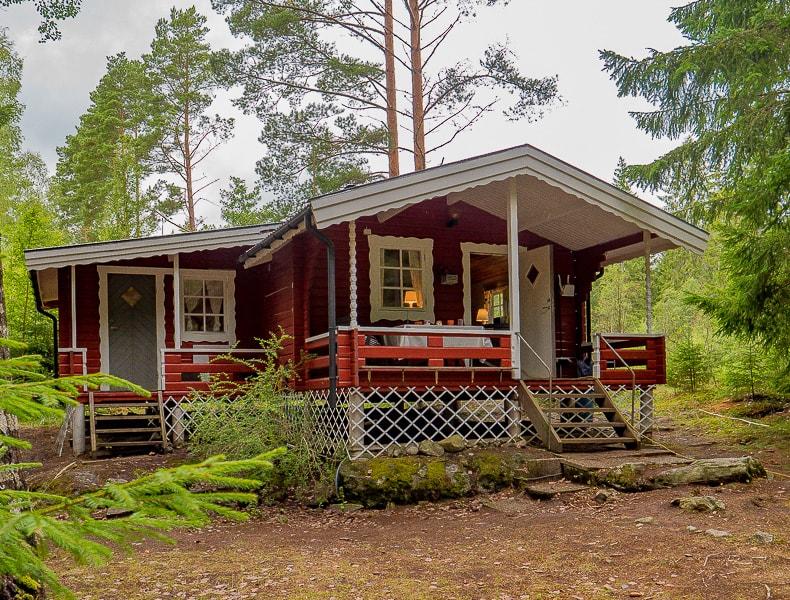 Outdoorküche Klappbar Norden : Brunos hütte am see foxen schweden nordmarken